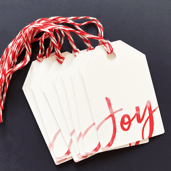 red christmas gift tags