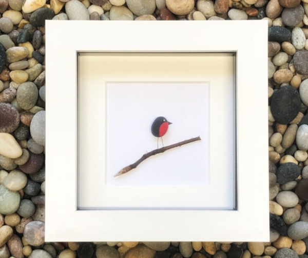 robin pebble art