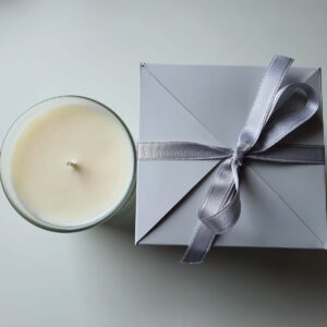 peonies candle