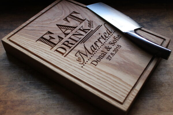 personalised wooden chopping boards