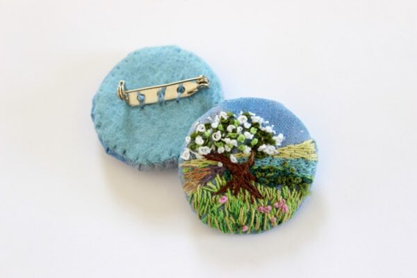 textile brooches